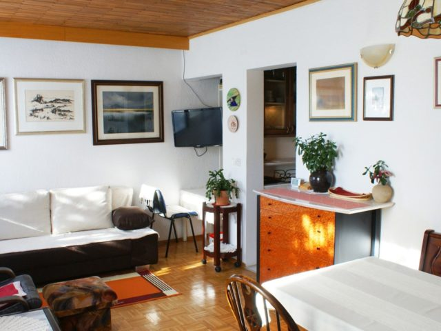 Apartma v bližini Cerkniškega jezera, Cerknica