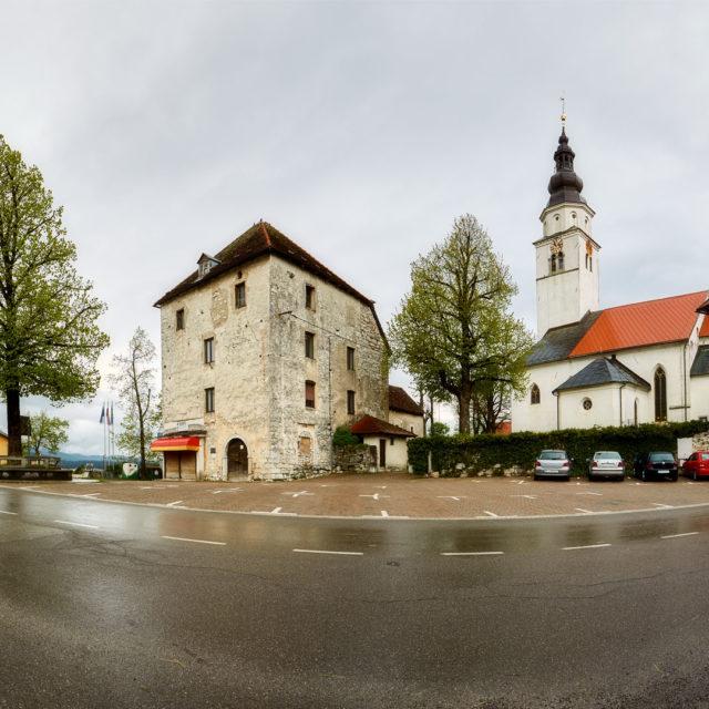 Cerknica, fortificazione, chiesa della Natività della Vergine